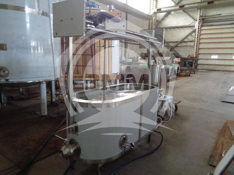 Изображение реализованного проекта на странице Сыроизготовитель овальной формы с быстросъемной с мешалкой